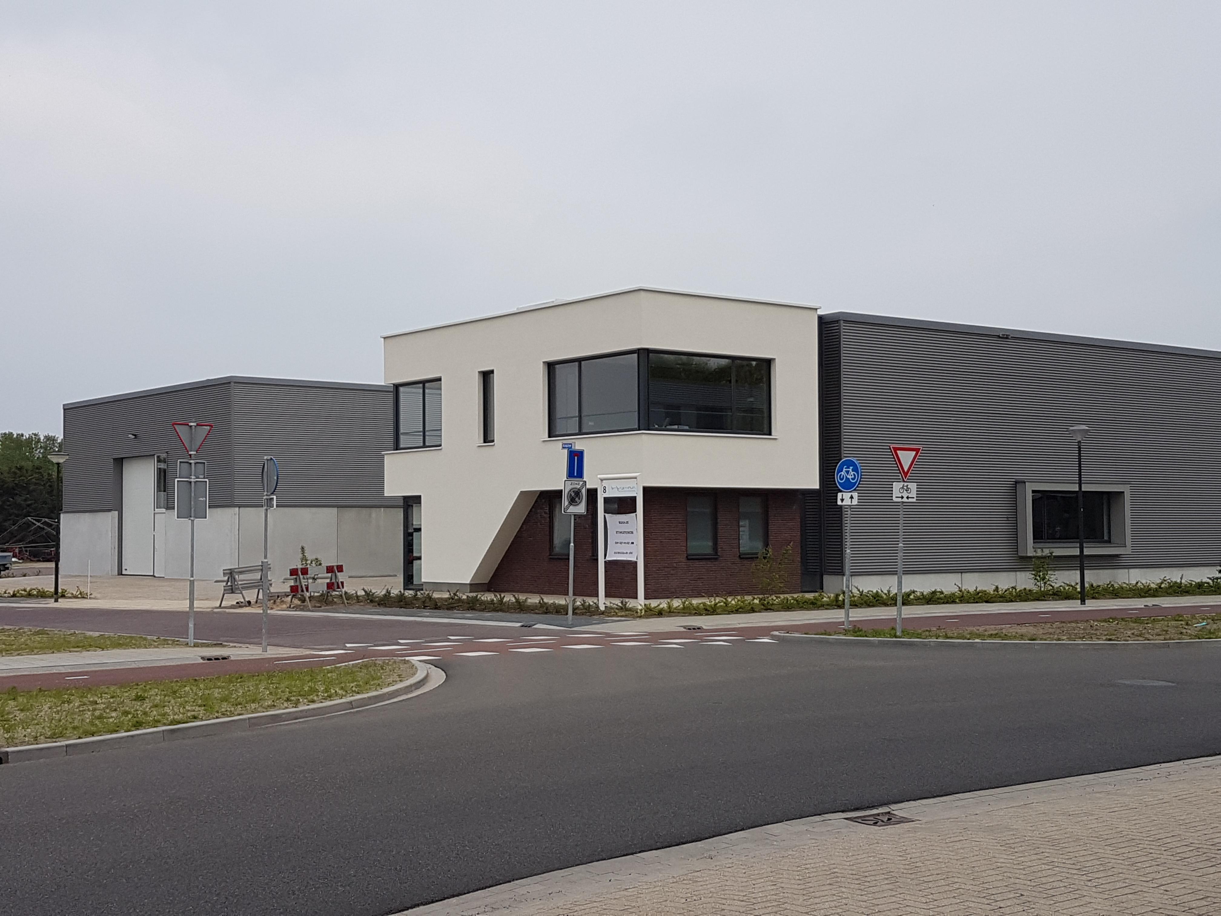Nieuwbouw bedrijfsgezamelgebouw Mierlo